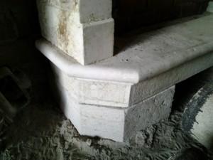 Camino antico in marmo bianco2