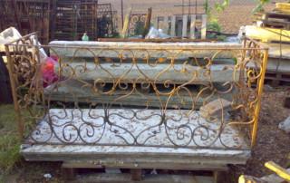 balcone in marmo e ferro battuto 2