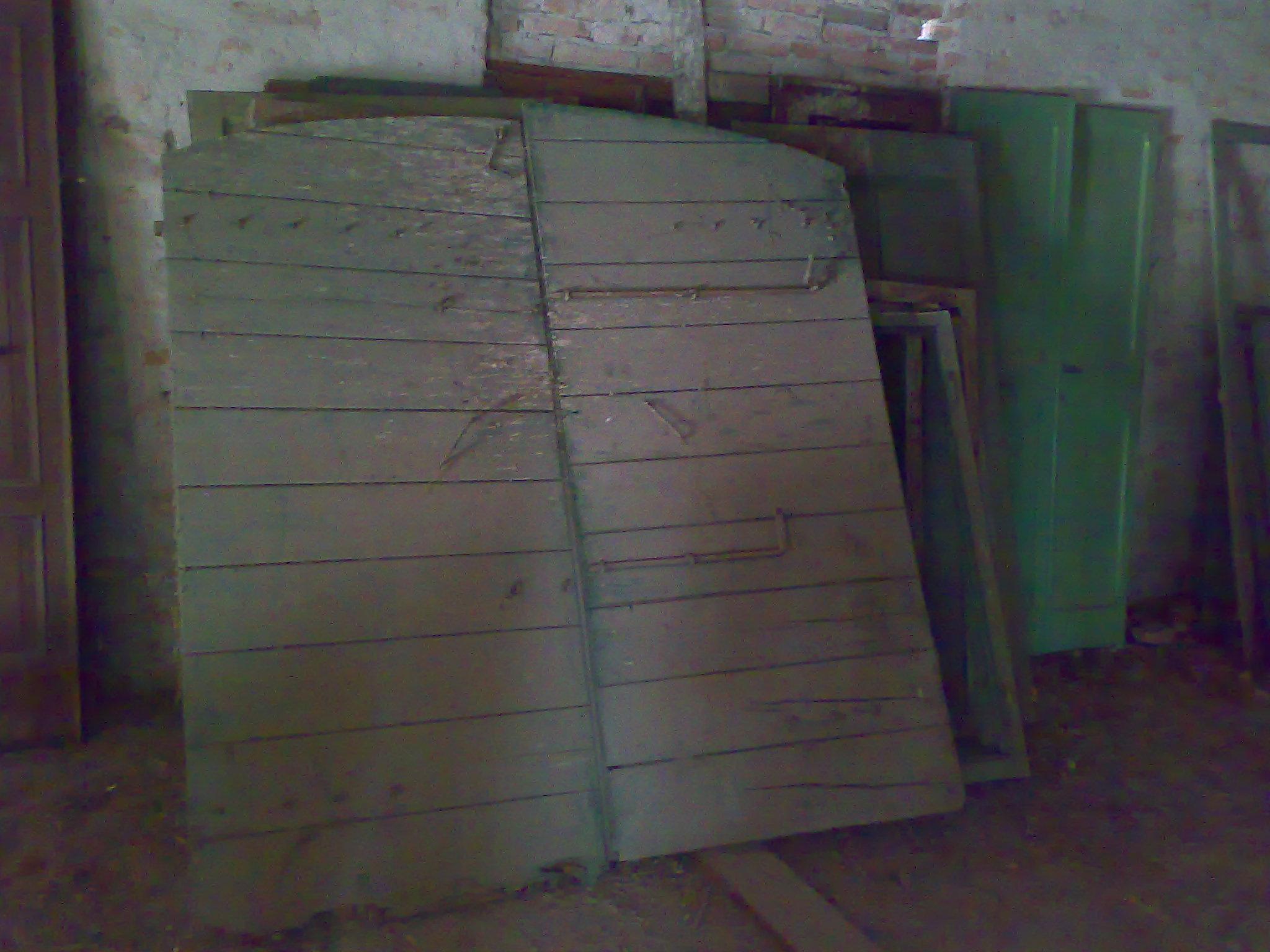 Porte e portoni in legno vecchio e antico da restaurare - Recupero ...