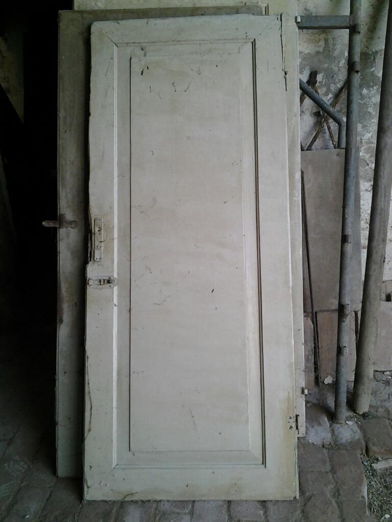 Porte e portoni in legno vecchio e antico da restaurare - Vecchie porte in legno ...