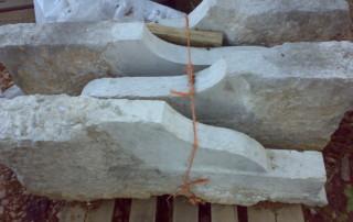 Modiglioni in marmo di Verona da cornice o da poggiolo