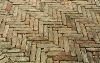 Pavimento con mattoni antichi in cotto recuperato con mattoni antichi epoca da recupero materiali 18